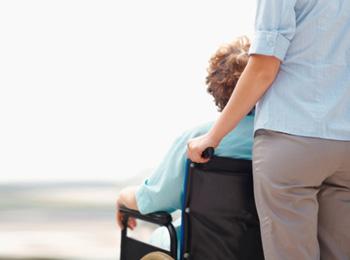 COCEMFE cancela su programa de vacaciones para personas con discapacidad