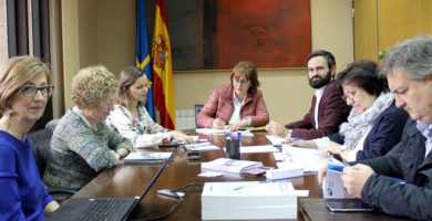 El Gobierno de Asturias organiza una jornada de trabajo con el director de la Red Europea de Servicios Sociales