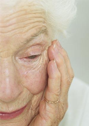 El 38,3 % de las mujeres mayores de 65 años que viven solas no tuvieron hijos