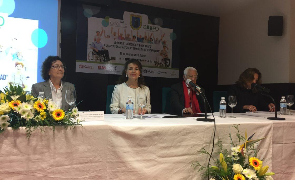 Más de 120 personas se reúnen en Toledo para visibilizar los derechos y el buen trato de los mayores