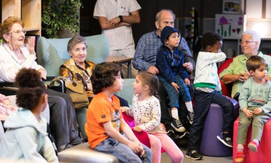 Una residencia de Amavir, escenario del programa intergeneracional 'Cosas de la edad' del canal #0 de Movistar