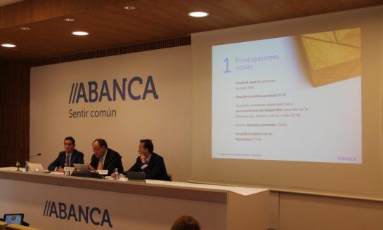 ABANCA amplía su programa de educación financiera a los mayores de 55 años