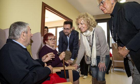 Díaz Tezanos inaugura el centro de día de Colindres