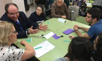 Afundación inicia un nuevo programa intergeneracional: 'Falamos da escola'