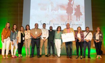 DomusVi dona 5.000 euros para el proyecto 'La Casa del Alzhéimer' de AFA Toledo