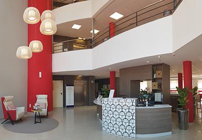 REQUENA Y PLAZA se adjudica los proyectos y ejecución del interiorismo de tres residencias