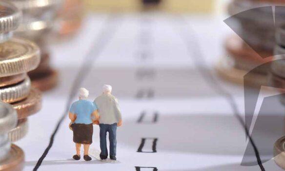 """Lares alerta: """"es un error hablar de pensiones y olvidar la dependencia"""""""