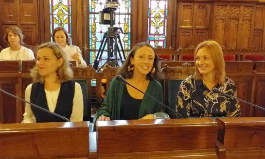 El Gobierno de Asturias se compromete a resolver en plazo todos los expedientes de dependencia y salario social