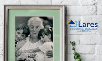 Lares celebra el Día internacional de las Personas Mayores con la campaña 'Los mayores también crean'