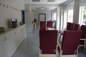 Los centros de día en Galicia podrán abrir para atención individual con cita previa