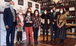 El servicio de Ayuda a Domicilio de Cangas del Narcea recibe galardón Mujer Rural 2020