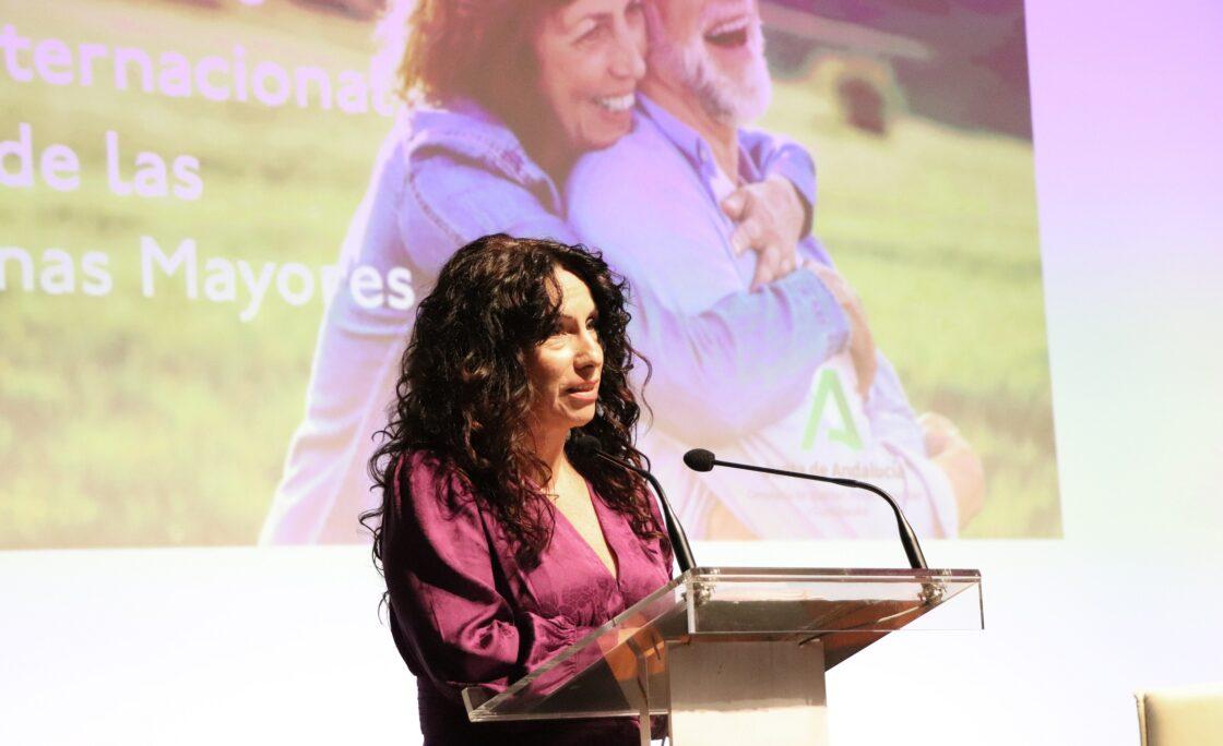 Andalucía presenta el I Plan Estratégico para Personas Mayores 2020-2023