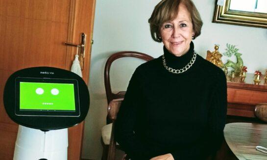 NETA V3A,  el robot amigable que acompaña a las personas mayores en sus hogares