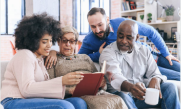 Mayores y jóvenes europeos podrán convivir y compartir actividades intergeneracionales en el proyecto WeShareWeCare
