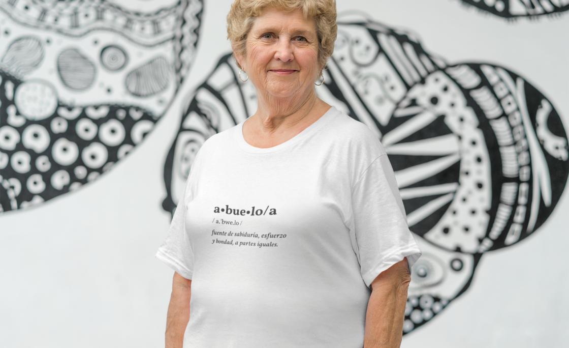Camisetas solidarias para empoderar y homenajear a las personas mayores