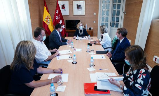 La Comunidad de Madrid afianza su modelo de atención social centrado en la persona con el nuevo Acuerdo Marco de residencias